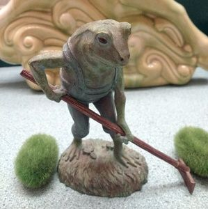 Frog figure Midwest of Cannon falls collectibles